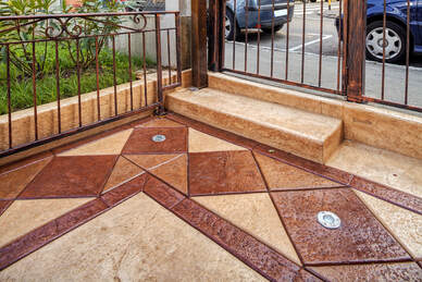 decorative concrete walkway and steps in front a Peoria, Arizona Home
